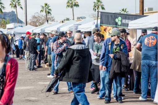 errl-cup-2017-crowd-at-event