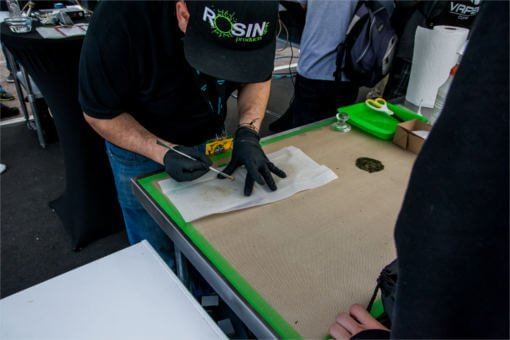 rosin-tech-products-pressing-meds-at-errl-cup-event